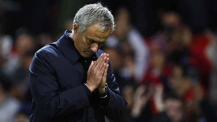 """""""¿A quién no le gustaría tener a Mourinho? Si él dice mañana que sí, viene enseguida"""", sostuvo el presidente del cuadro portugués"""