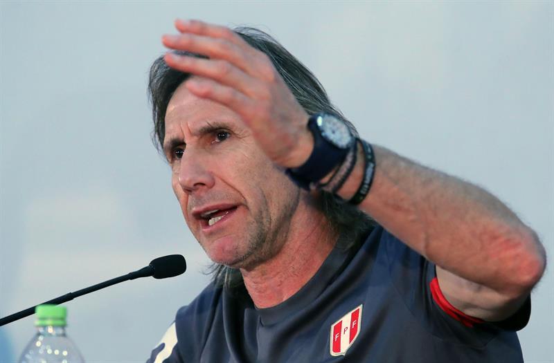 """""""Creemos que la sanción es totalmente injusta, creemos que en esto necesariamente la FIFPro se debe manifestar"""", dijo el seleccionador peruano"""