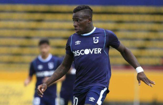 El ex jugador de Universidad Católica deja el fútbol ecuatoriano por una nueva travesía en el exterior