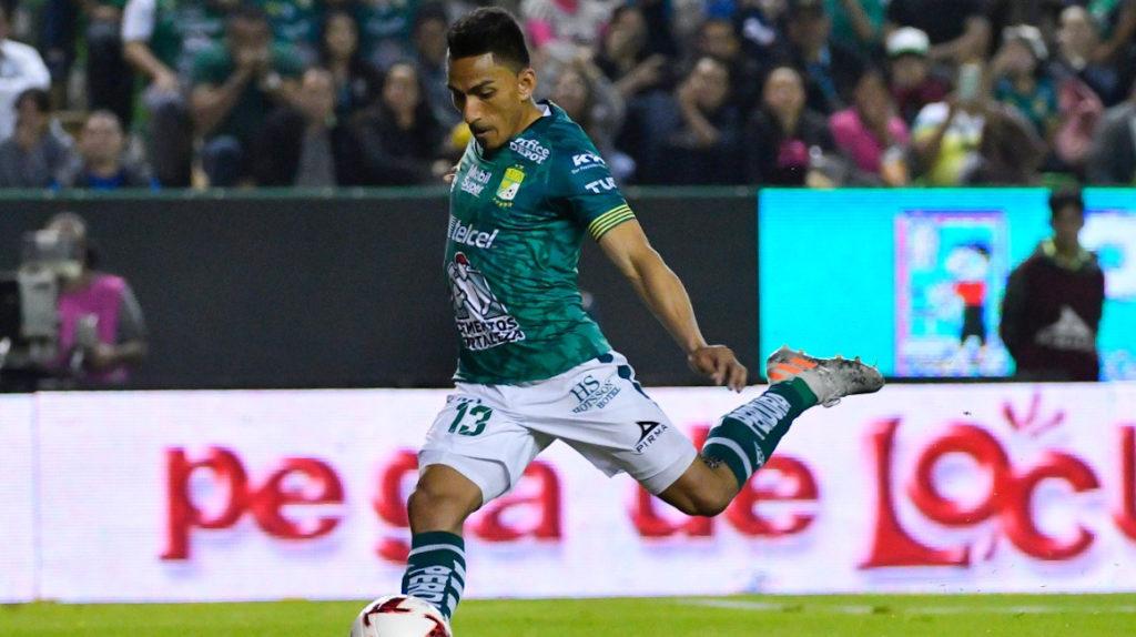 El ecuatoriano brilló con dos anotaciones y es dueño de la tabla de goleadores en el arranque de la Liga MX