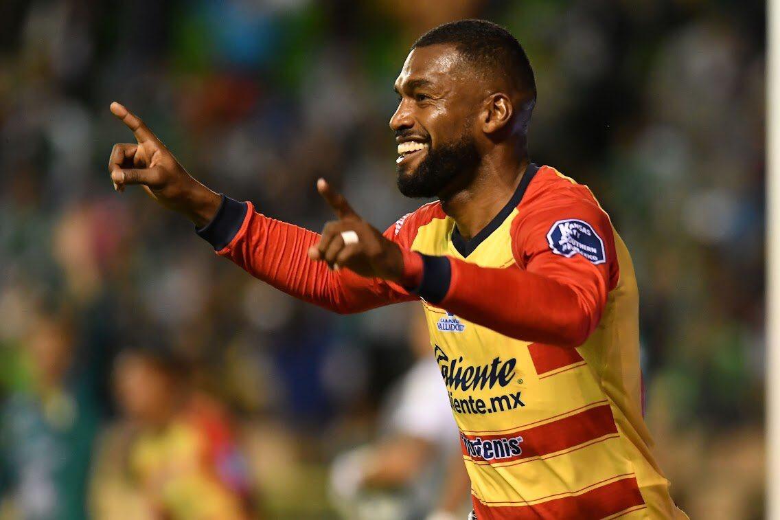 El zaguero ecuatoriano marcó en el empate entre Morelia y León y le mantiene a su equipo en zona de playoffs