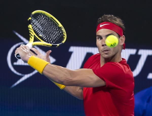 Nadal sufrió más de lo esperado ante Alex De Miñaur y consiguió el billete para una final de la Copa ATP en la que se enfrentarán al equipo de Serbia liderado por Novak Djokovic