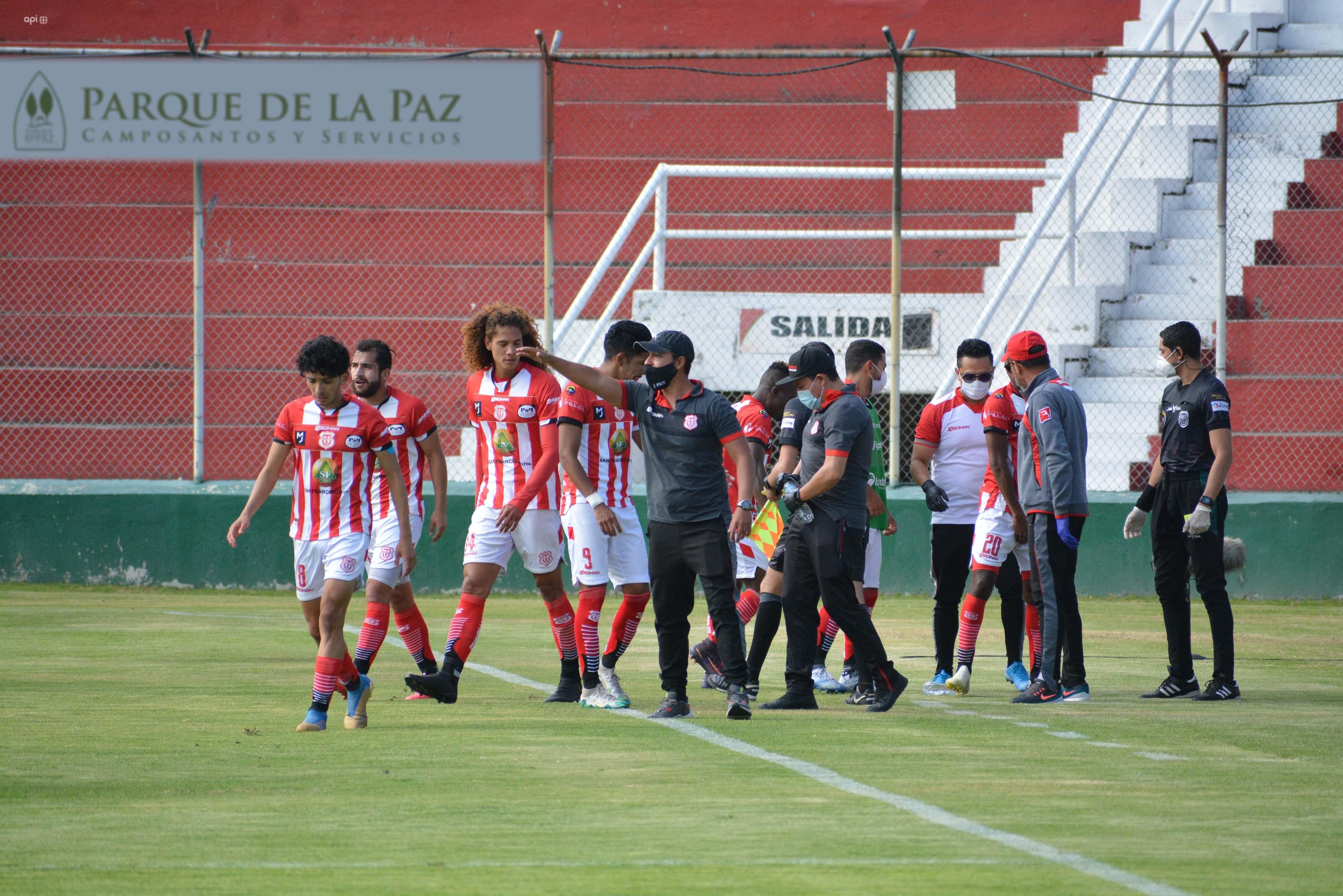 Los 'criollos' siguen comprometidos con la zona de descenso. El cuadro rojo está a tres unidades de Orense y Deportivo Cuenca