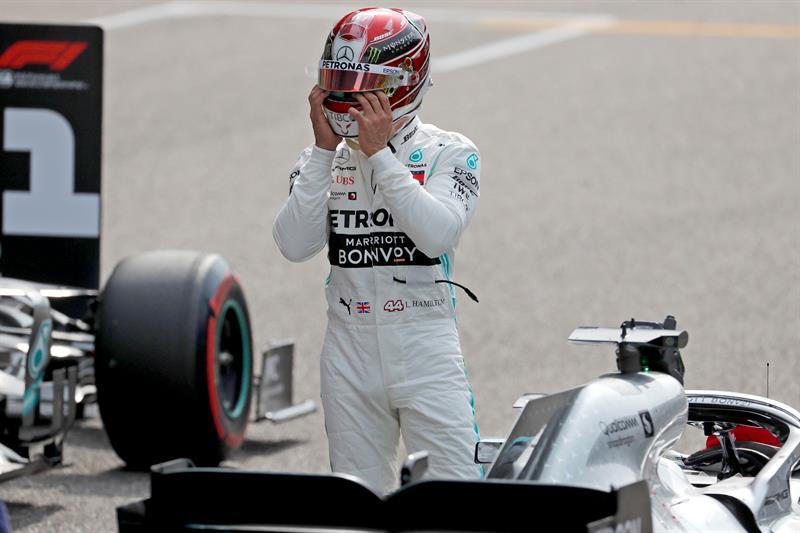 El británico saldrá, en la carrera 1.000 de la historia de la Fórmula Uno, en la segunda posición de la primera línea