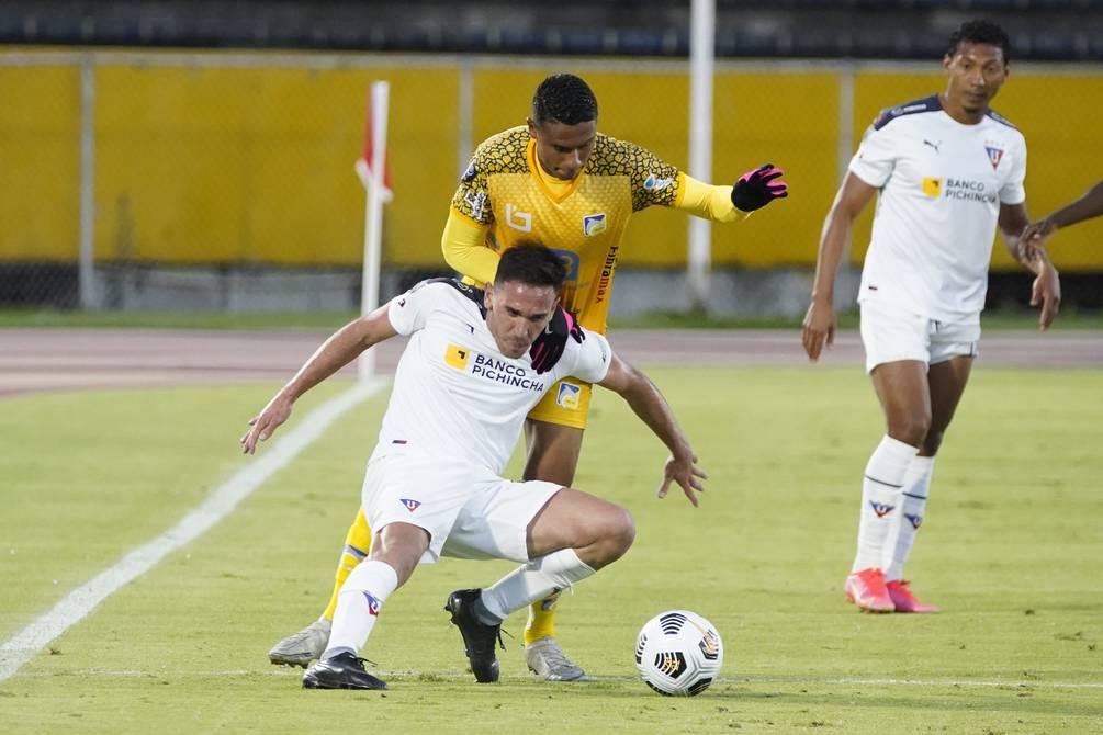 Las semifinales se jugaron sin novedades en Quito y Guayaquil