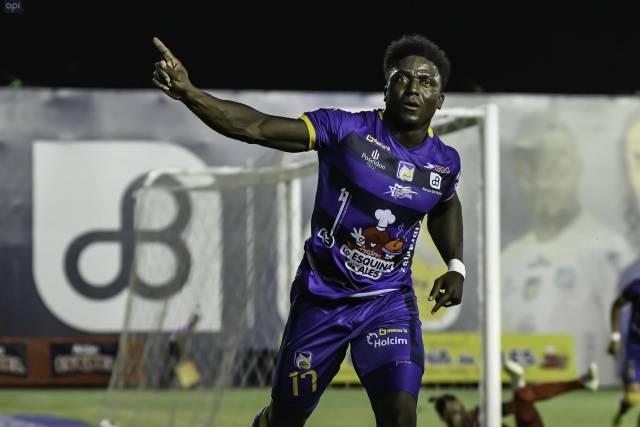 """El futuro de Roberto """"Tuka"""" Ordoñez estaría en la ciudad de Quito"""