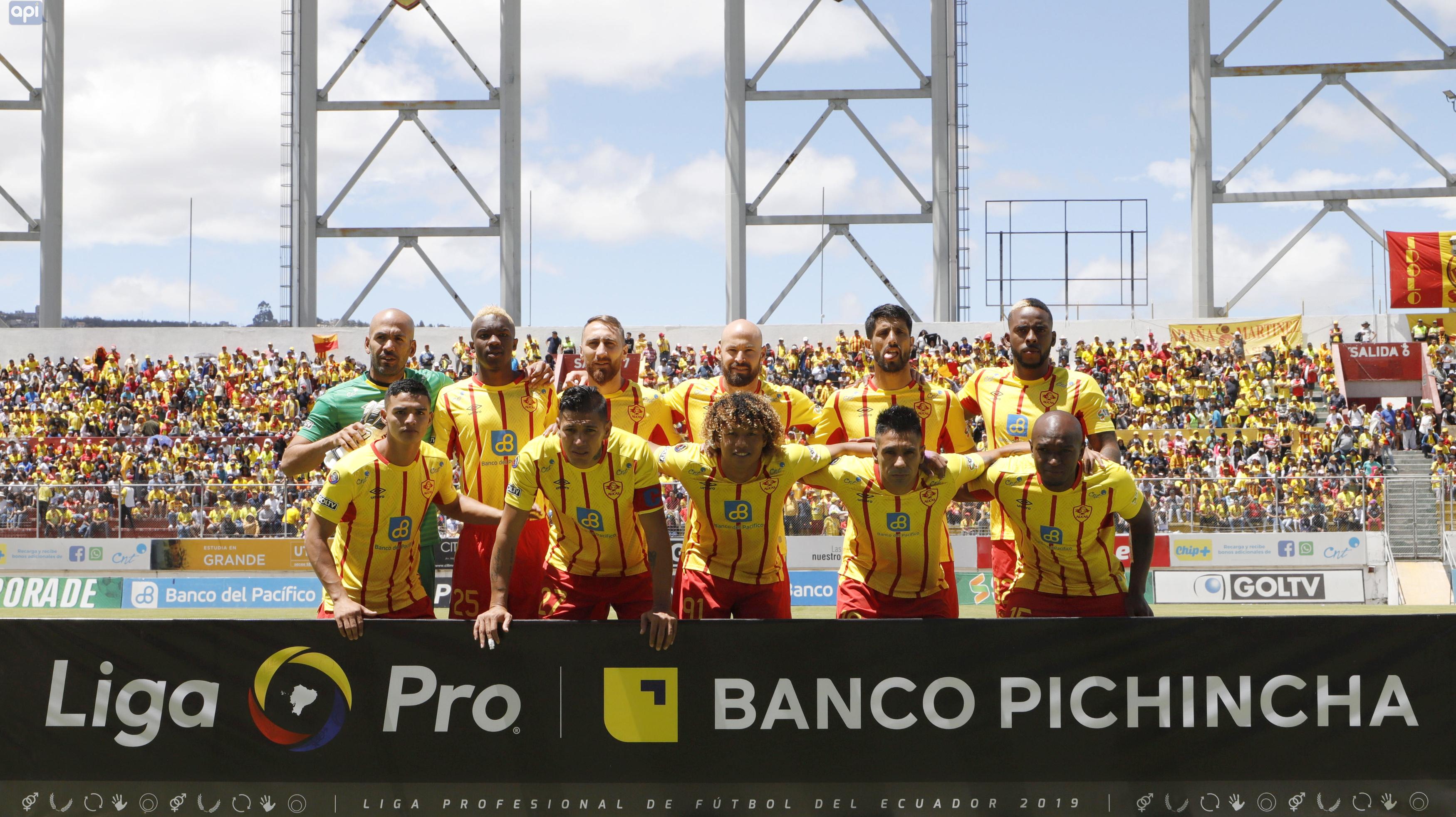El cuadro 'oriental' sufrió pero se impuso en la Caldera del Sur sobre Liga de Quito, equipo que sufrió la expulsión y el autogol