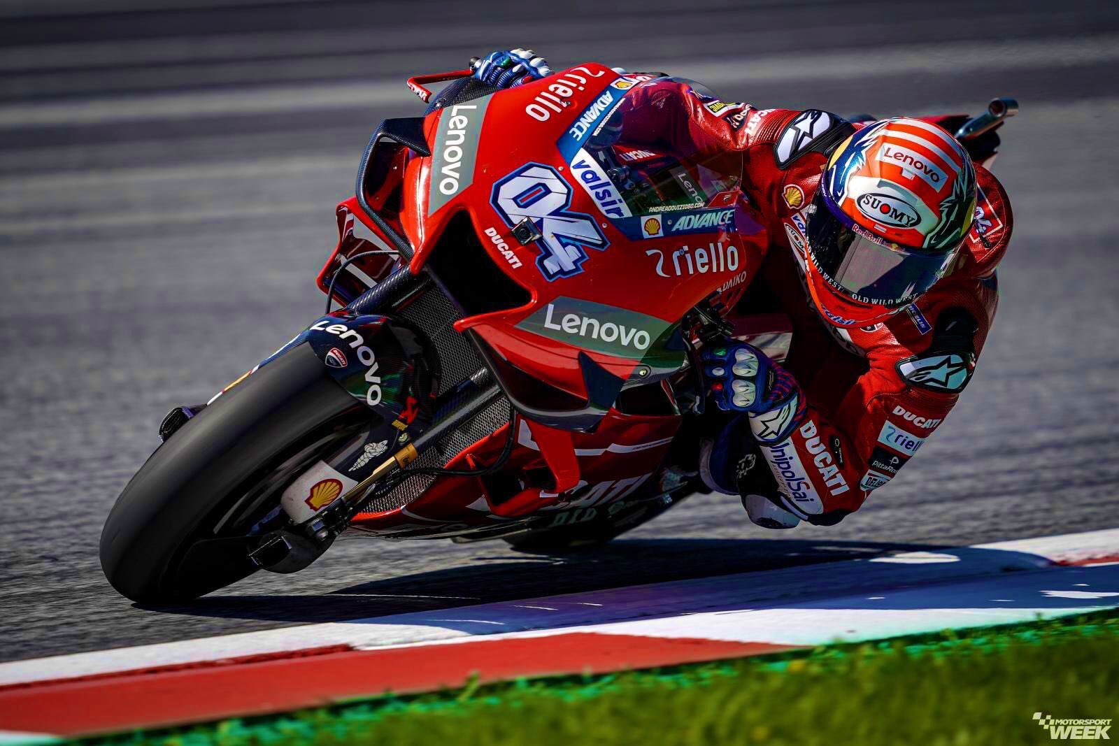 El italiano sorprendió en los últimos metros al favorito y se tomó el circuito Red Bull Ring de Spielberg