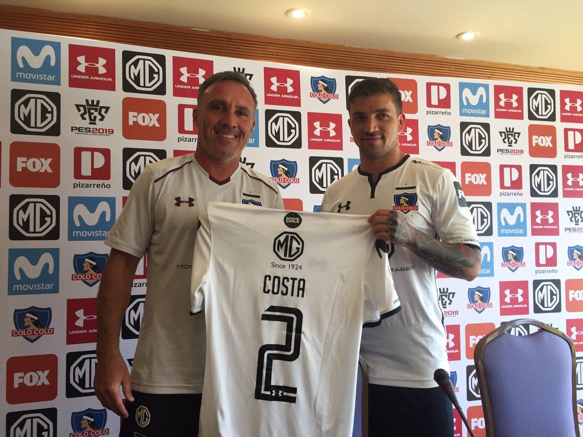 De 28 años y proveniente del Sporting Cristal de Perú, Costa llegó al Colo Colo de la mano del técnico chileno Mario Salas