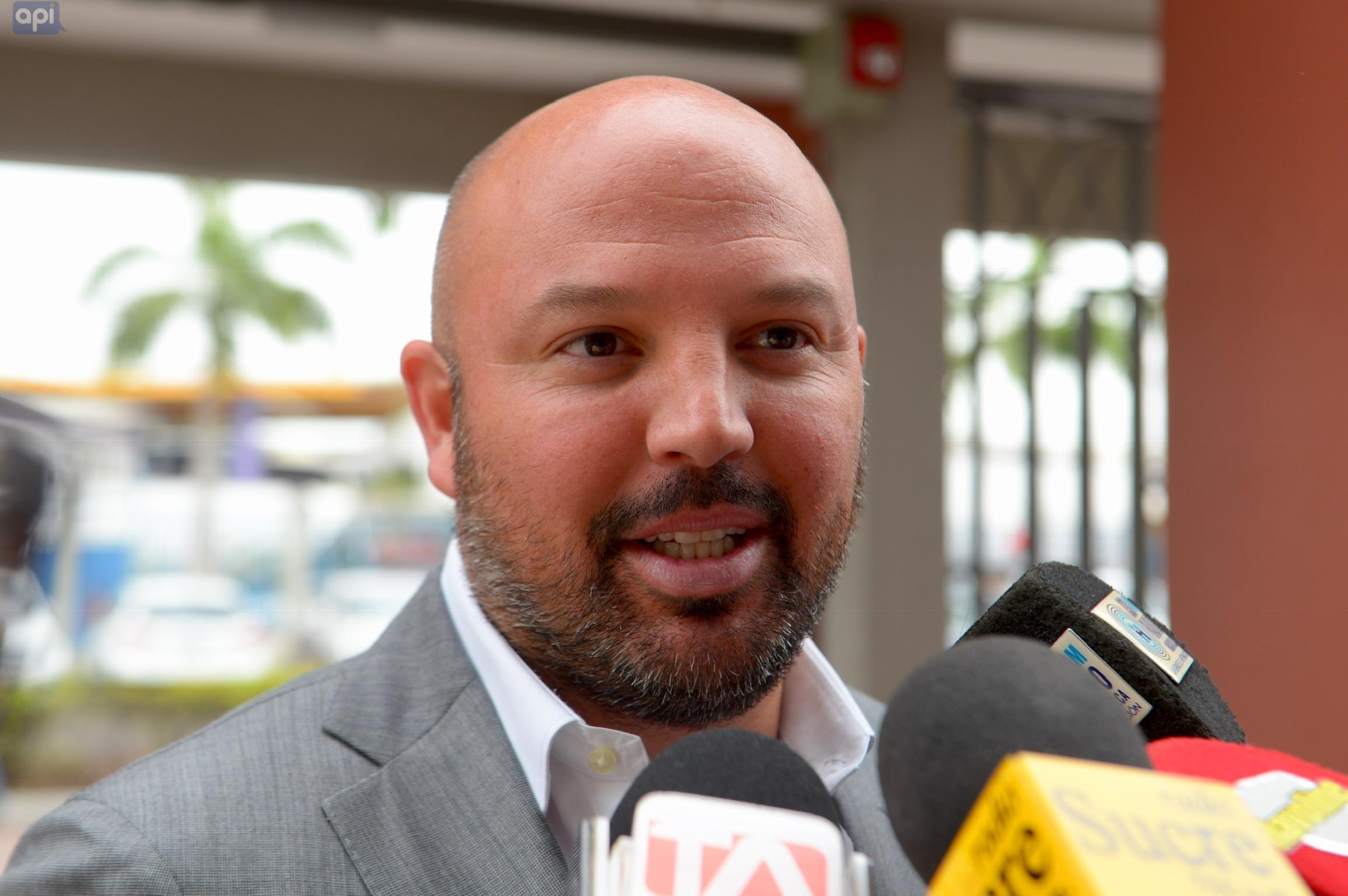 Miguel Ángel Loor reconoce que la afición prefiere ver los partidos por televisión e indicó que a fin de año se realizará un estudio al respecto
