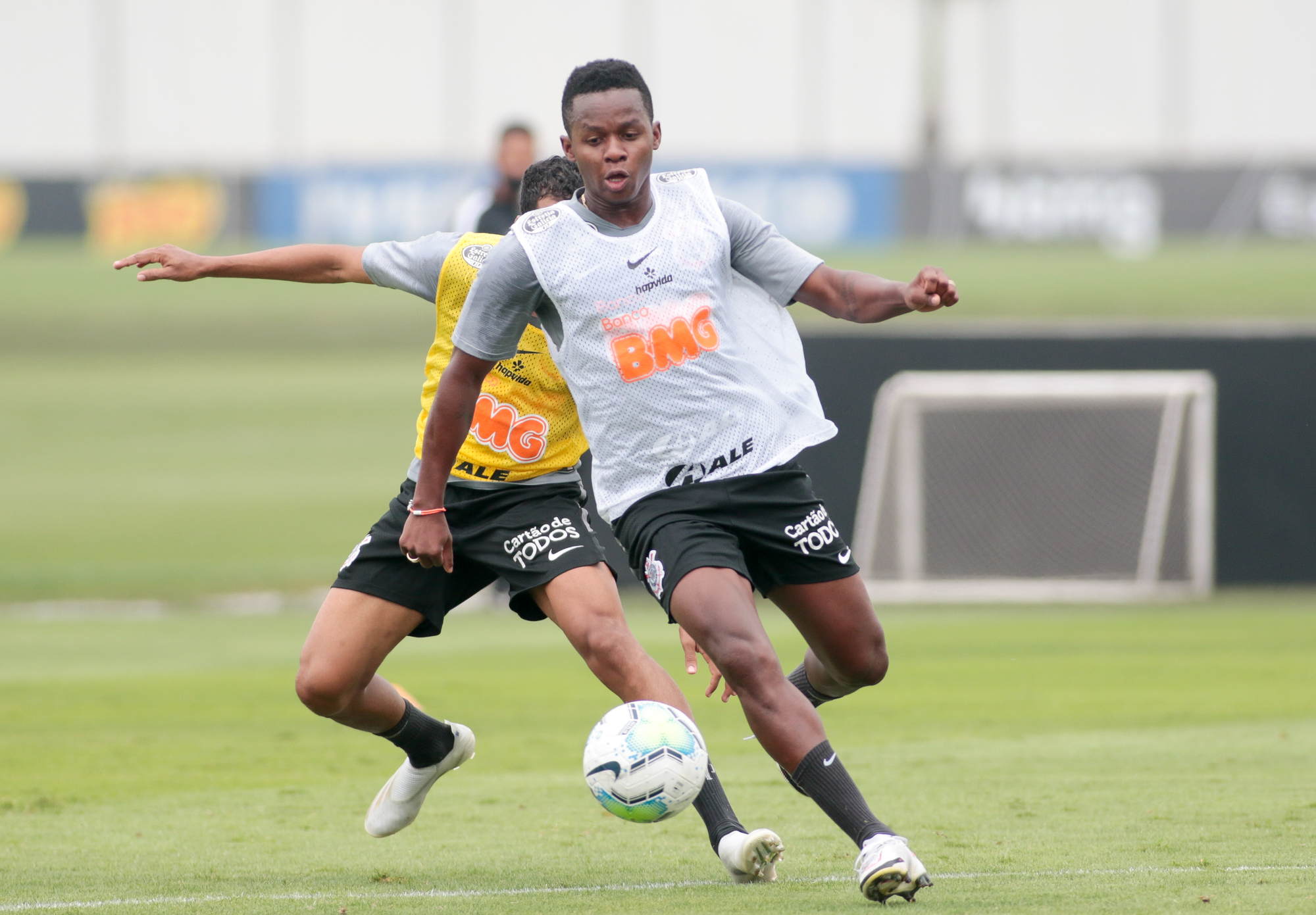 """""""Está muy lejos del fantástico jugador que estuvo en Atlético Mineiro"""", sostuvo Vagner Mancini"""