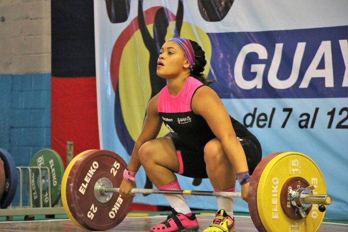La pesista, que ganó el oro en la competencia de levantamiento de pesas 76 kilos femenino en los Juegos Panamericanos 2019 en Lima, lamentó no recibir el apoyo al 100 %