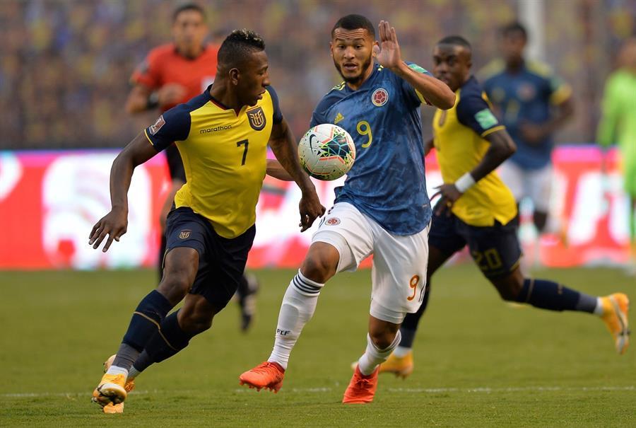 El jugador ecuatoriano perdió varias de sus maletas tras el juego ante Colombia