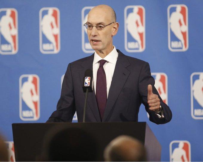 Al mismo tiempo la NBA ha estado considerando numerosos planes de contingencia, que incluyen jugar sólo varios partidos más de temporada regular