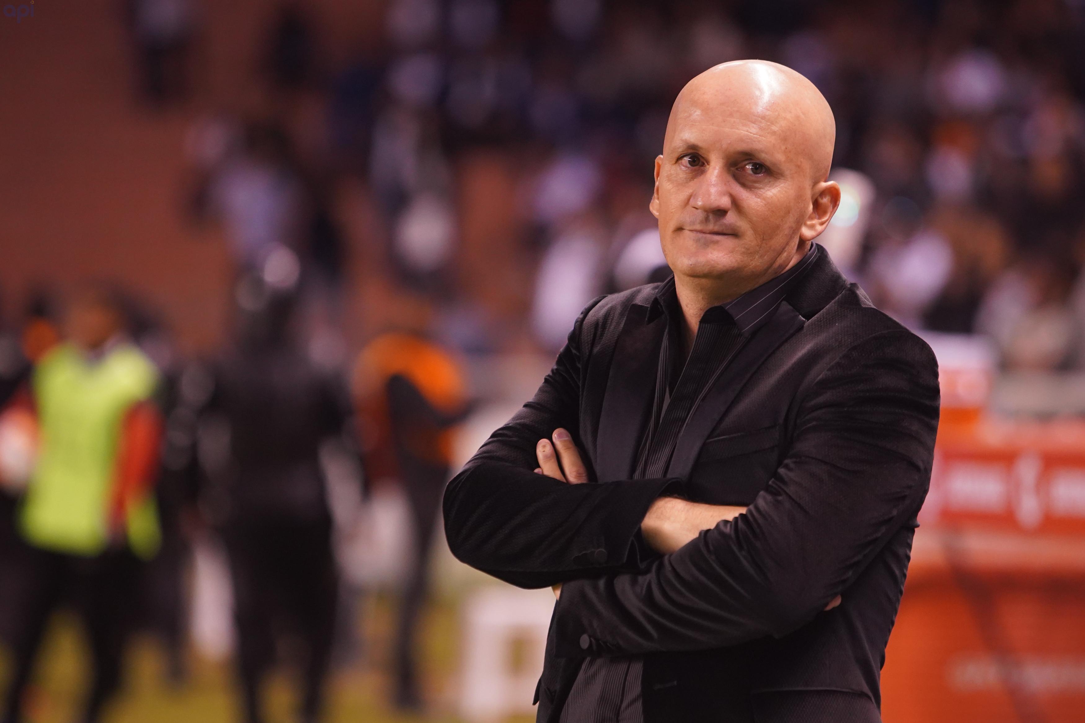 Directivo de Liga se refirió al futuro de Pablo Repetto, quien sería una de las opciones para reemplazar a Jordi Cruyff