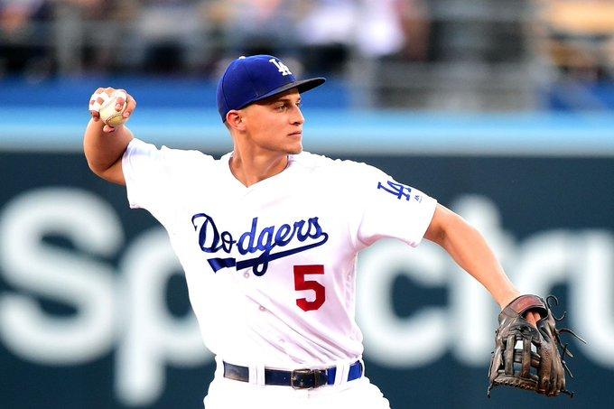 Corey Seager y Walker Buehler fueron las figuras de los Dodgers, que vencieron 7-3 a los Orioles de Baltimore
