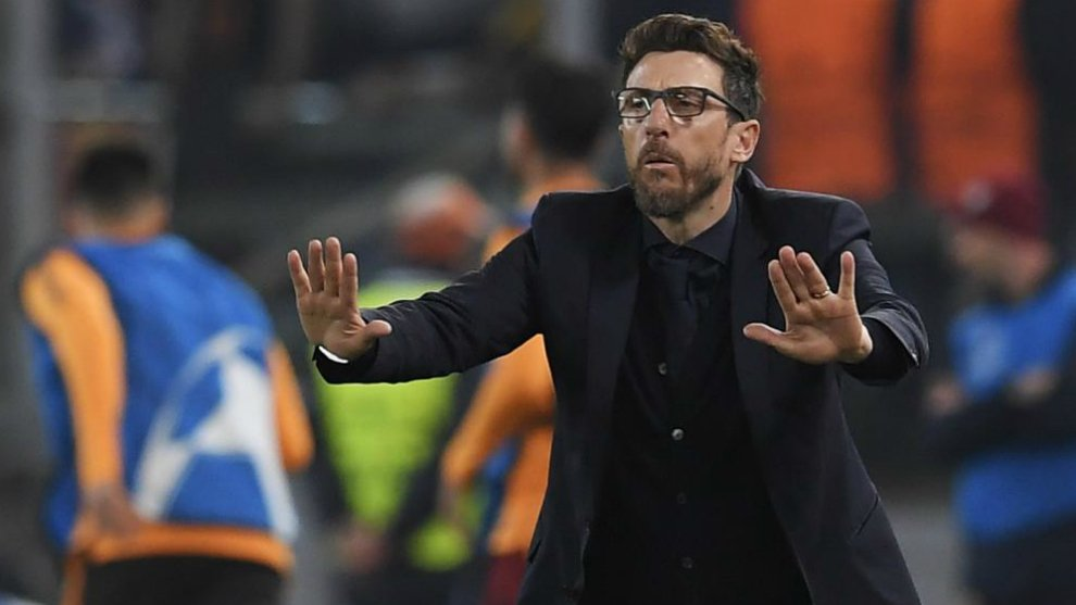 En este momento el código deportivo italiano no prevé la interrupción obligatoria de un partido en casos de cánticos racistas
