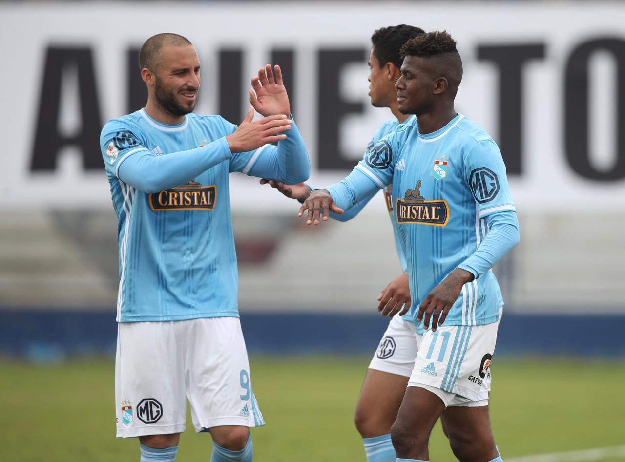 El ecuatoriano volvió a ser clave en triunfo de Sporting Cristal