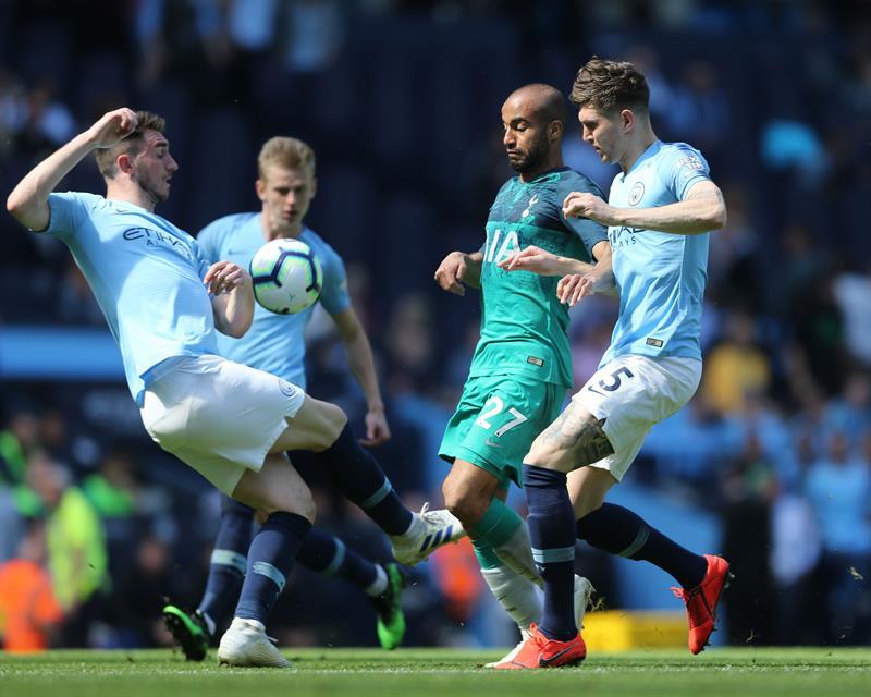 El Manchester City vengó la afrenta de la Liga de Campeones venciendo por la mínima a un defensivo Tottenham Hotspur con un tanto de Phil Foden