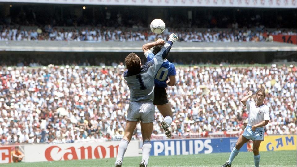 La historia recuerda la hazaña del argentino, a menos de un mes del arranque del Mundial de Rusia