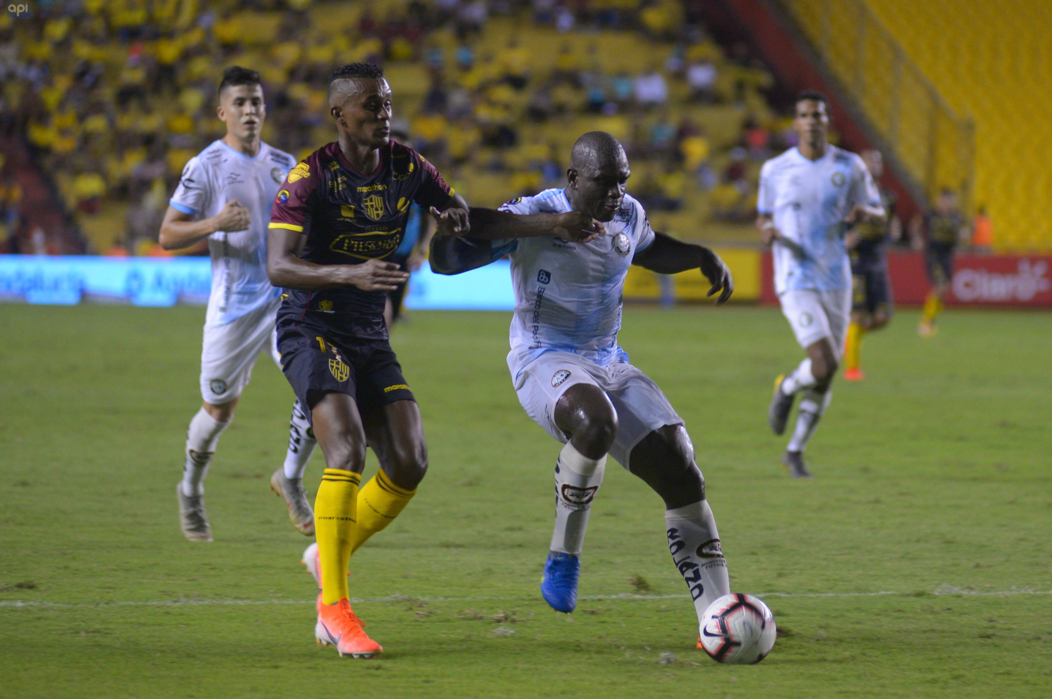 LA FEF autorizó el trámite, a la espera de que la US Soccer apruebe el compromiso