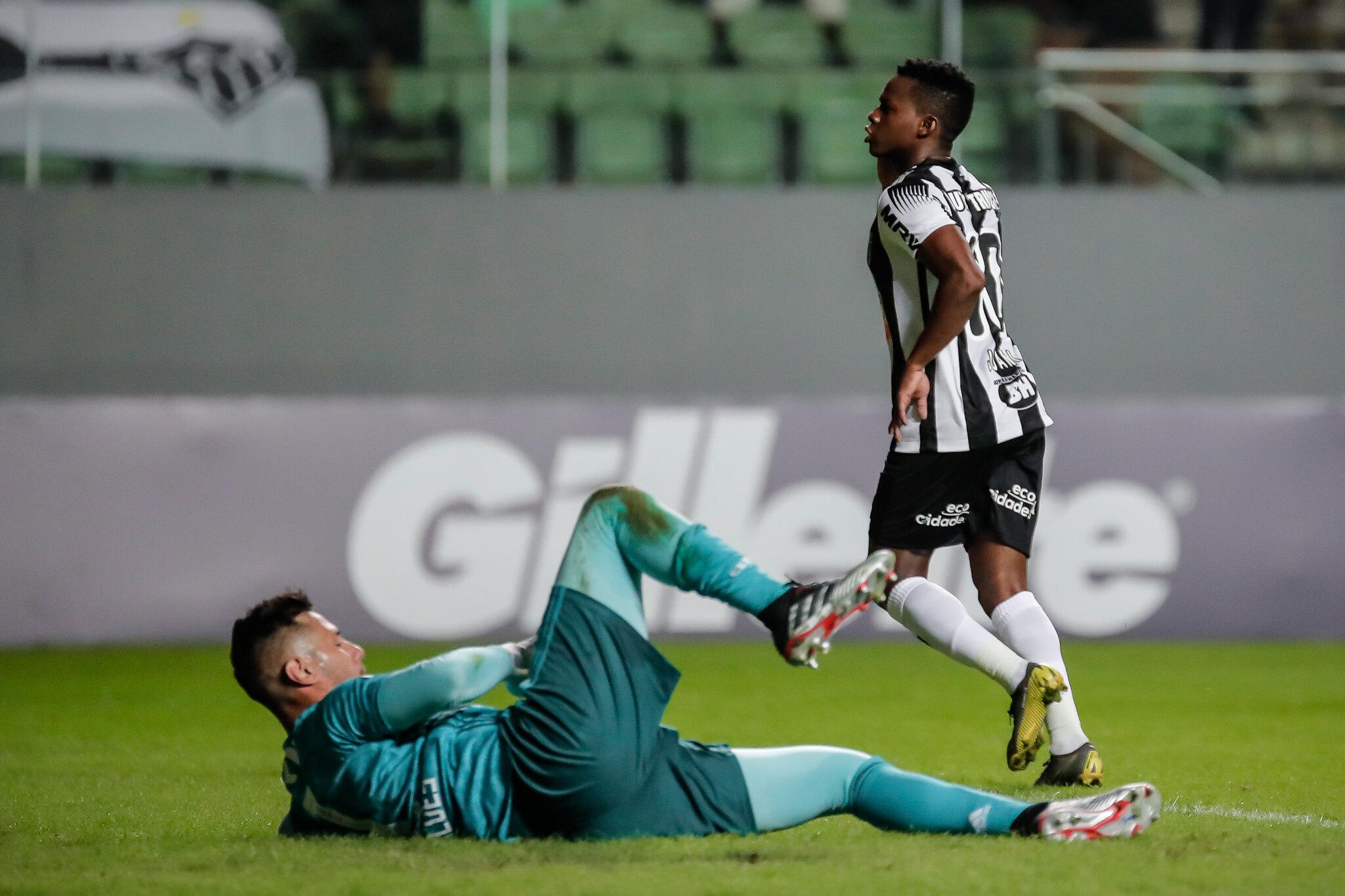 El ecuatoriano marcó un golazo en la victoria 2x1 de Atl. Mineiro sobre Flamengo