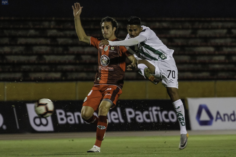 """El argentino mencionó que tiene """"varias propuestas"""", aunque no descarta continuar en Mushuc Runa"""