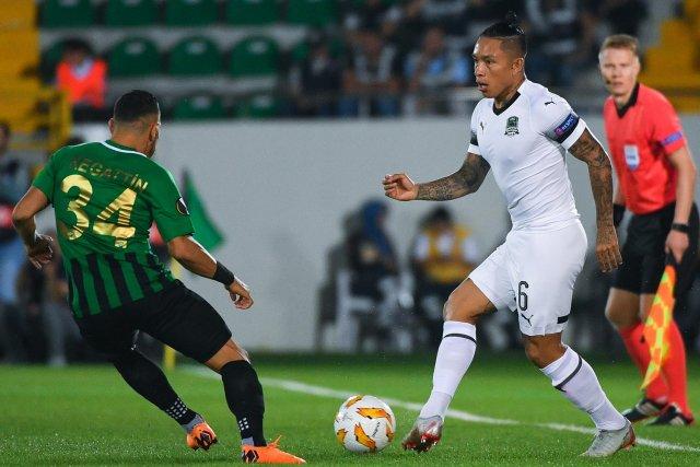 El ecuatoriano actuó los 90 minutos en la goleada sobre Arsenal Tula