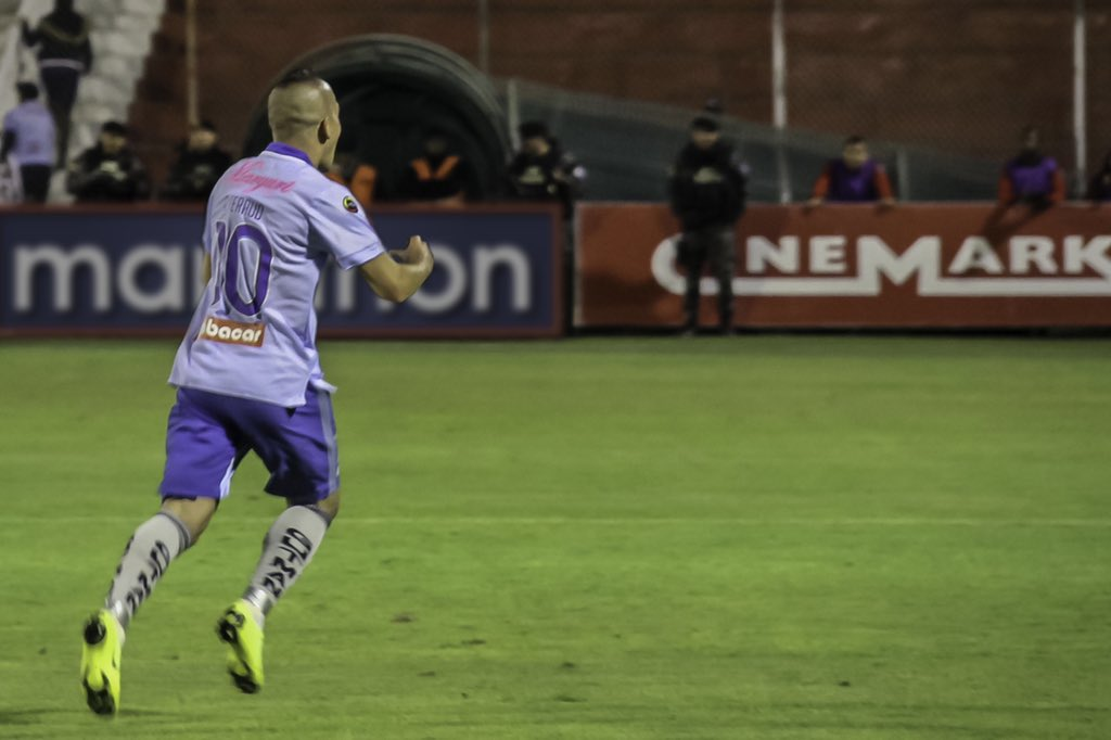 El volante de Macará se enfoca en el partido de este domingo, en el que esperan romper el invicto 'canario' y seguir en la parte alta