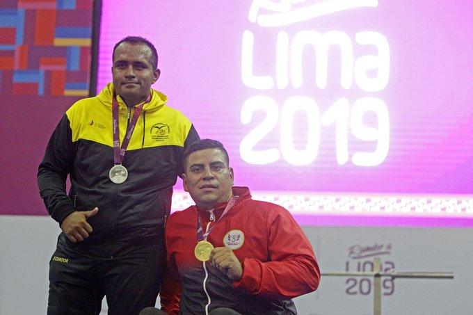 El ecuatoriano se adjudicó la presea dorada tras la sanción por dopaje al levantador de potencia Sergio Muñoz