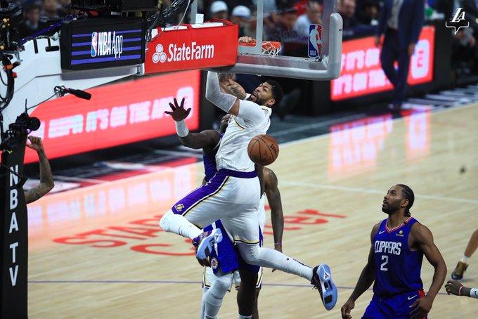 El pívot Anthony Davis tuvo 30 puntos como líder anotador de los Lakers, que ganaron como visitantes por 103-112 a los Clippers