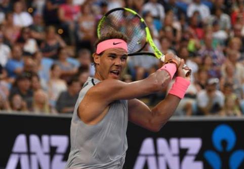 Roger Federer es segundo, a tan sólo 100 puntos de desventaja sobre su mayor rival