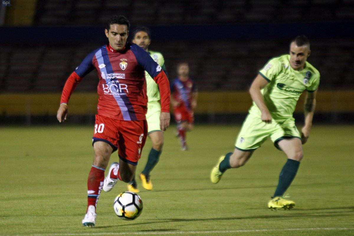 El volante confirmó que dio por terminado su contrato con El Nacional y espera conversar con la directiva ambateña