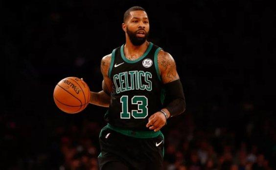 Morris había cambiado de opinión sobre la oferta de dos años y 20 millones de dólares de los Spurs después que los Knicks de Nueva York le hicieron otra nueva