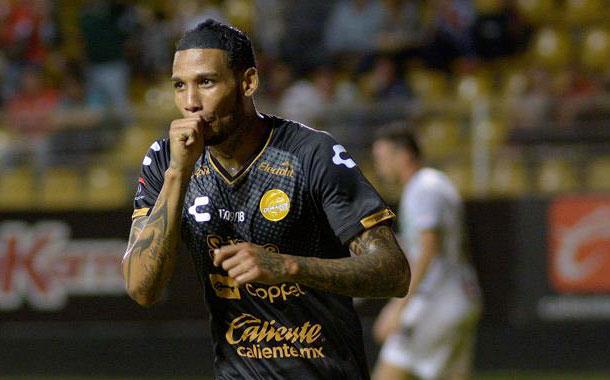 Este domingo se confirmó el movimiento del jugador ecuatoriano en México
