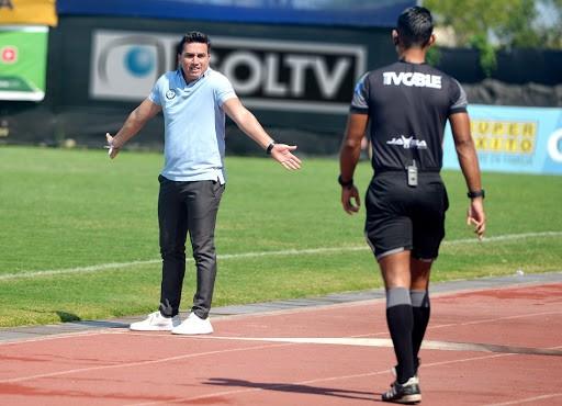 El técnico de Guayaquil City descartó problemas en la plantilla y habló del regreso a las canchas